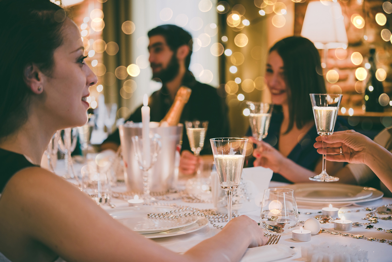 how to host a successful influencer event